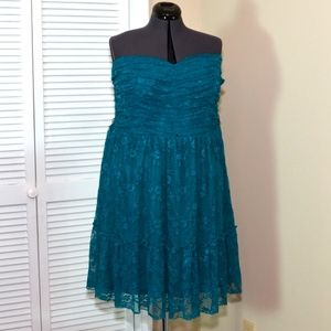 Torrid Size 3 Turquoise Lace Strapless Party Dress